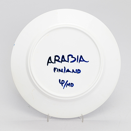 "Ulla procopÉ, a 14-piece set of ""valencia"" for arabia."