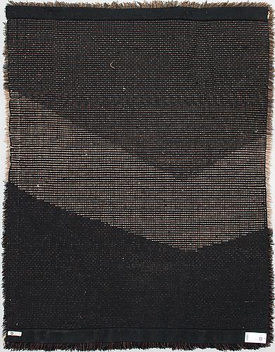 Ulla vapaavuori, a 1970s finnish long pile ryijy rug. ca. 169x131 cm.