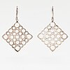 """Liisa vitali, a pair of sterling silver earrings """"pitsi"""". kultakeskus."""