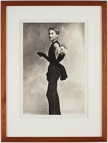 """Irving penn, """"woman with roses on her arm (lisa fonssagrives-penn in lafaurie dress)"""", 1950."""