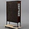 A mahogany inlay cabinet, eraly 20th century.