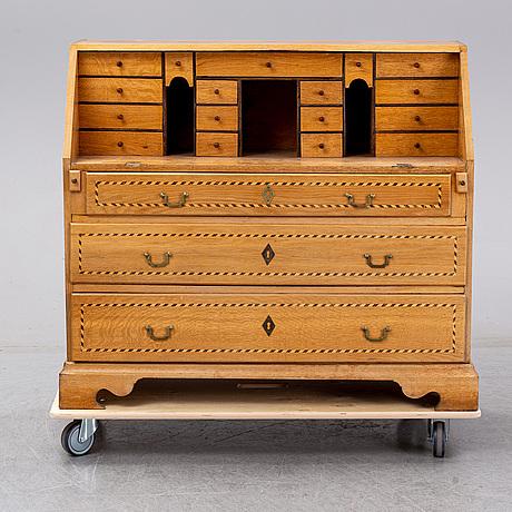 A 18th/19th century secretaire/ writing bureau.