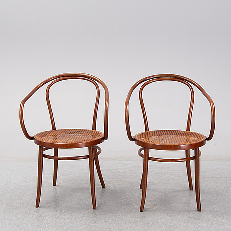 """Thonet, 2 """"vienna"""" chairs, model 209, early 20th century."""
