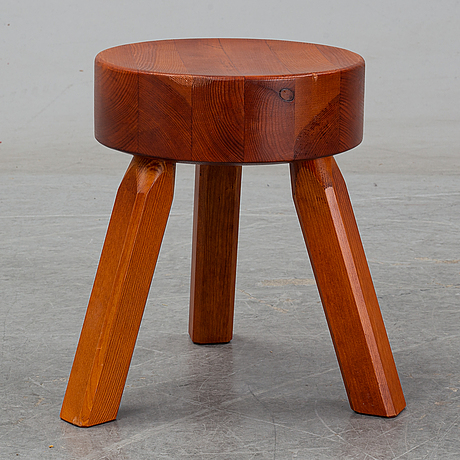 """Andreas martin-löf, """"aml stool"""", frama, denmark 2018."""