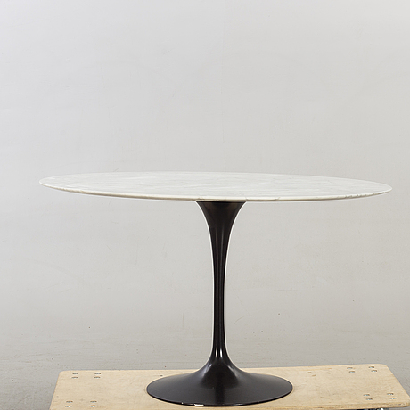 "Eero saarinen, dinner table, ""tulip"", knoll international."