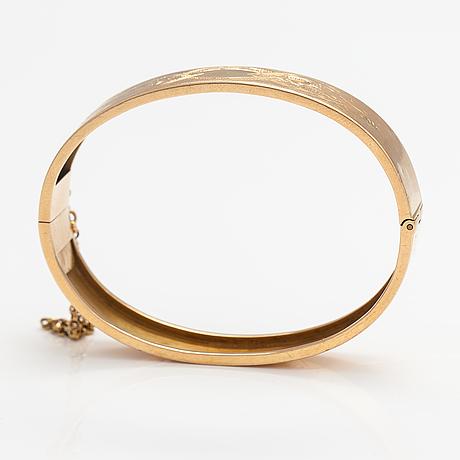 An 18k gold bracelet. fredrik alfred bäckström, vaasa 1891.