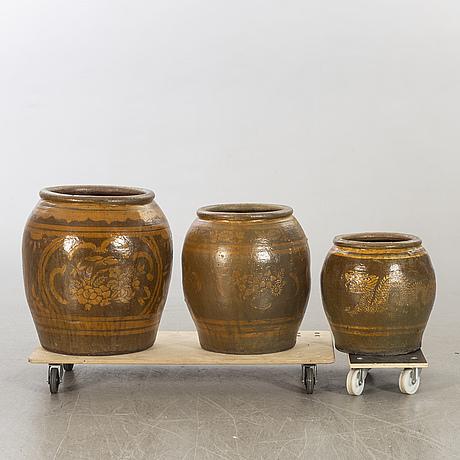 Urnor, keramik, 3 st kina.