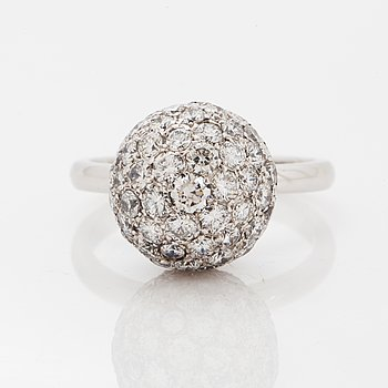 18K white gold brilliant-cut diamond ball ring.