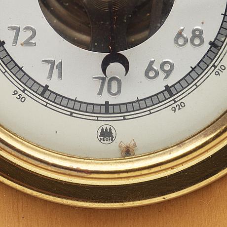 Huger, weather station.