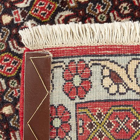 A senneh haraty design carpet ca 290 x 198 cm.