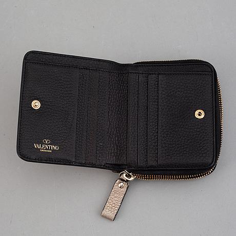 Valentino garavani, wallet.