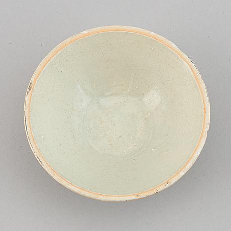 A ceramic bowl, presumably song dynasty (960-1279).