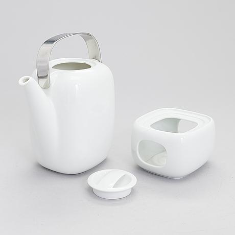Timo sarpaneva, a 49-piece 'suomi' tableware set in porcelain, rosenthal studio-linie, 1987-88. design year 1976.