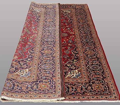 A carpet, kashan 288 x 202 cm.