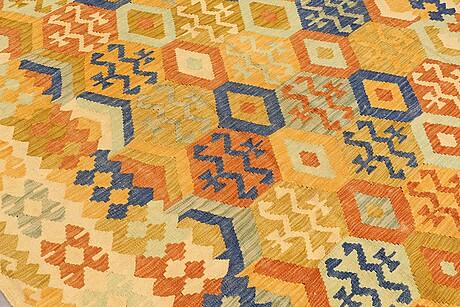 A carpet, kilim, ca 293 x 201 cm.