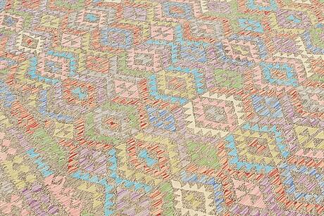 Matto, kilim, ca 394 x 294 cm.