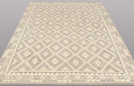 A carpet, kilim, ca 287 x 203 cm.