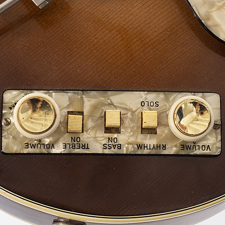 A 1960's electric bass, höfner 500/2 club bass, sunburst.