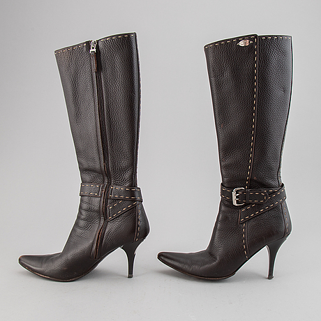 Fendi, brown leather boots, size 36,5.