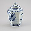 A blue and white hexagonal vase with cover, qing dynasty, guangxu (1872-1908).