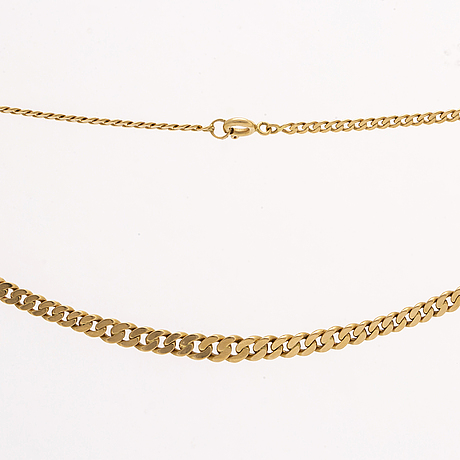 Gold necklace 18k gold, graduated curb-link, approx 46 cm x 0,5 cm, 12,4 g.