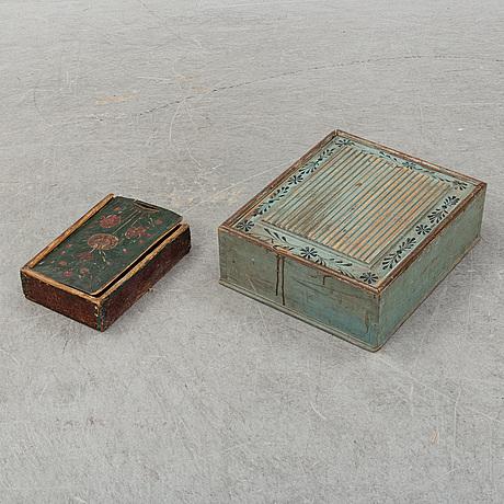 Skrin, 2 st, allmoge, 1800-talets första hälft.
