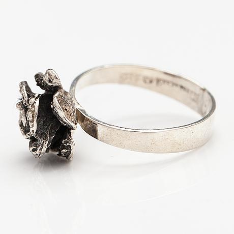 A silver ring and necklace. martti viikinniemi, heinola 1972.