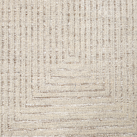 "A carpet, ""maze"", loomed i relief, ca 317 x 160 cm."