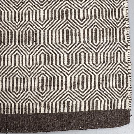 A carpet, flat weave, ca 200 x 140 cm.