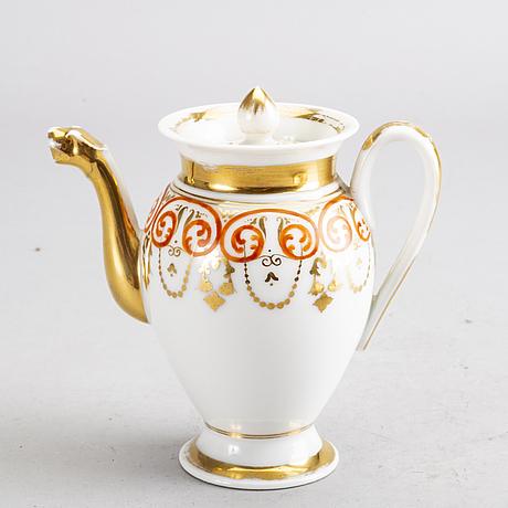 Tete a tete  5 dlr 1800-talets mitt/andra hälft möjligen frankrike porslin.