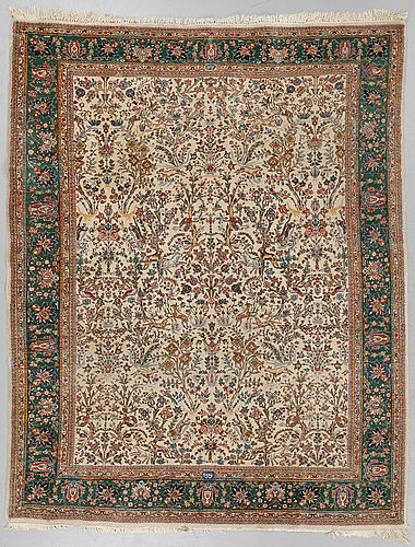 A carpet, semi-antique tabriz figural, ca 256,5 x 205 cm.