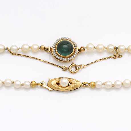 2 pearl necklaces, cultured pearls approx 3,5 - 7 mm, clasps 18k gold w cultured pearl, seed pearls and tourmaline.