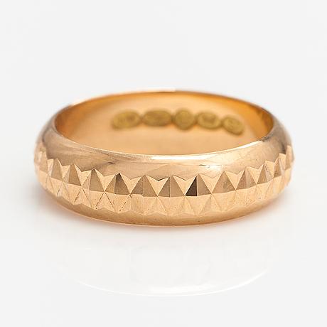Ring, 18k guld. westerback, helsingfors 1971.