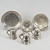 A mixed lot of 18/19th century pewter objects.