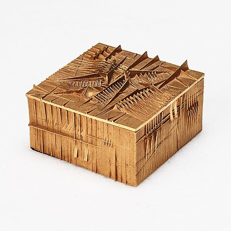 """Arnaldo pomodoro, """"scatola""""."""
