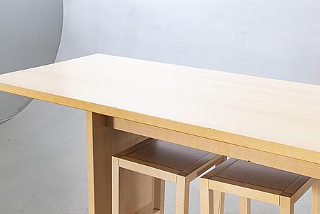 Bord med pallar, 1+8 st, design agneta hahne, 2000-tal.
