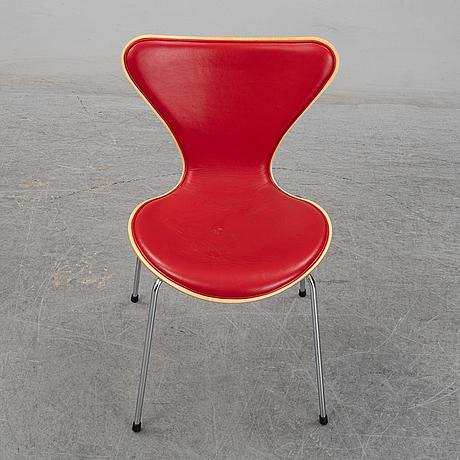 "Arne jacobsen, stolar, 6 st, ""sjuan"", fritz hansen 2001."