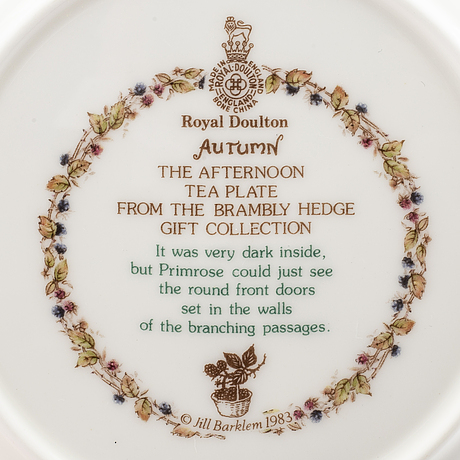 Royal doulton, porslin, 18 delar,  te- och kaffeservis,  brambly hedge, england, 1980-tal.