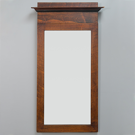 A mirror from the latter half of the 19th century.