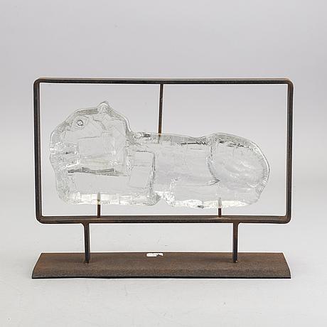 Erik hÖglund, a glass sculpture.