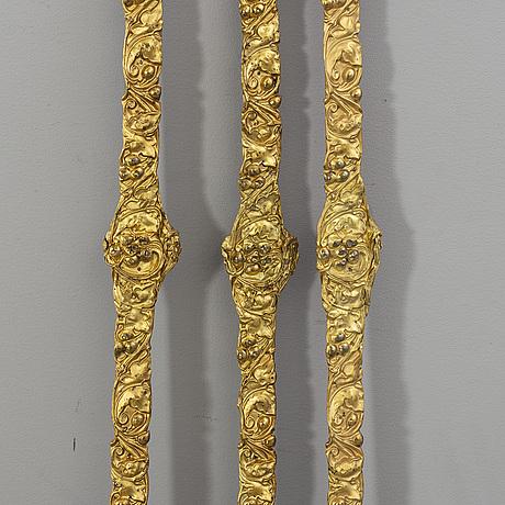 GardinstÄnger samt omtag 3 + 6 st nyrokoko 1800-talets senare del.
