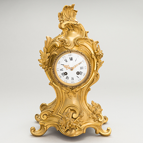 Table clock, late 19th century.