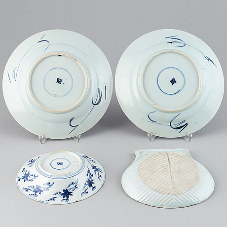 A group of four dishes, qing dynasty, kangxi (1662-1722).
