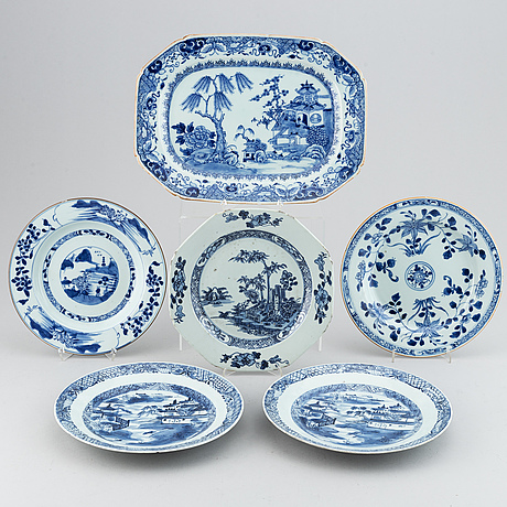 A blue and white serving dish and five odd blue and white dishes, qing dynasty, 18th century.
