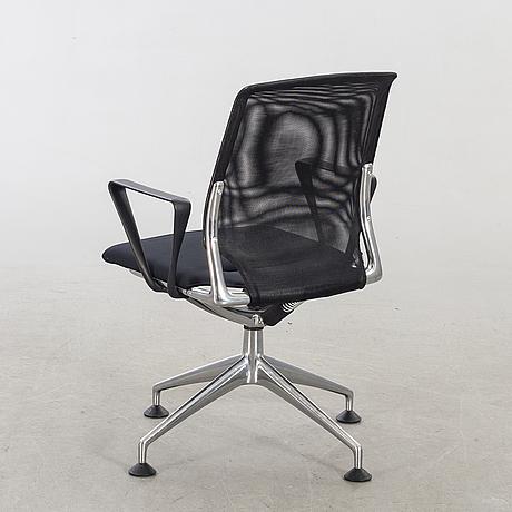 Alberto meda, meda conference chair for vitra. model designed in 1998.