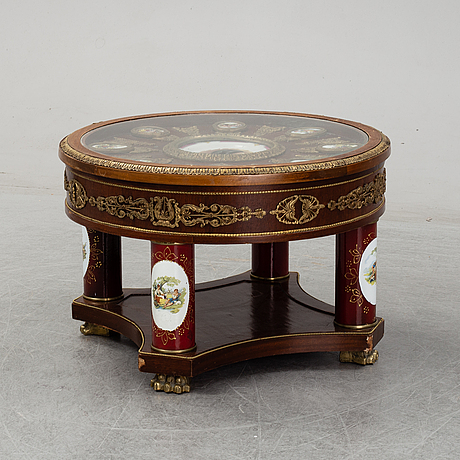 An empire style table, second half of the 20th century.