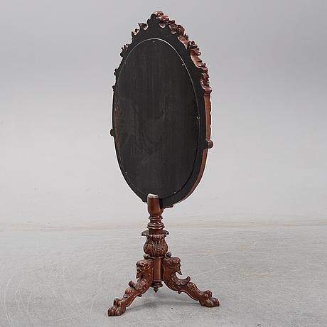 A mahogany screen, secondhalf og the 19th century.