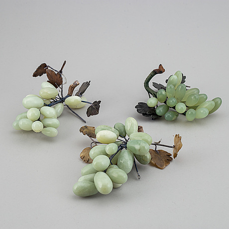 Four chinese table decorations in various stones, 20th century.