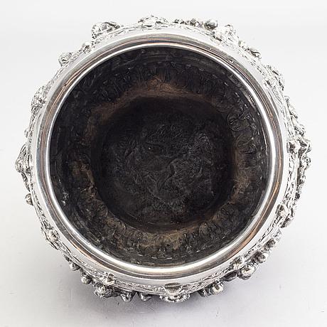 An indian burmese silver bowl / jardiniere.