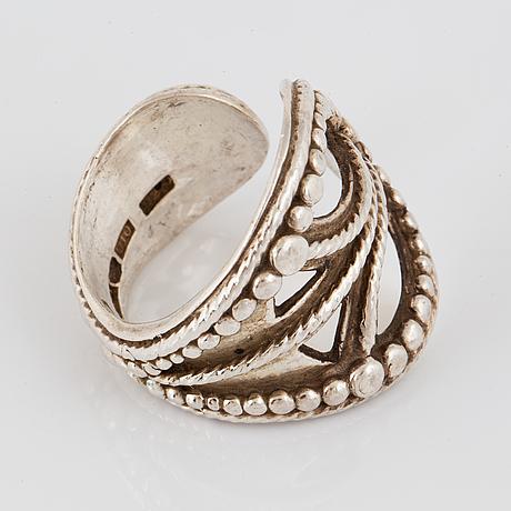 Rosa taikon, ring, silver.